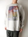 MR DEAD DYE PJOTO CREW SWEAT